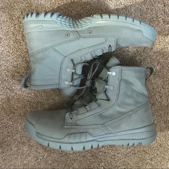 Nike SFB Army Green 631360-220 Special Forces d45d4c601